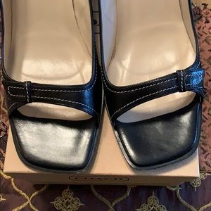 Coach Shoes - COACH Peep Toe Heels Pumps Shoes Black EUC Leather